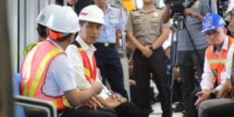 Gubernur Dampingi Presiden Jokowi Jajal LRT Sumsel