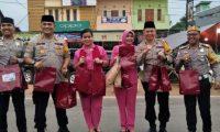Polres Banyuasin membagikan 2000 Paket Takjil