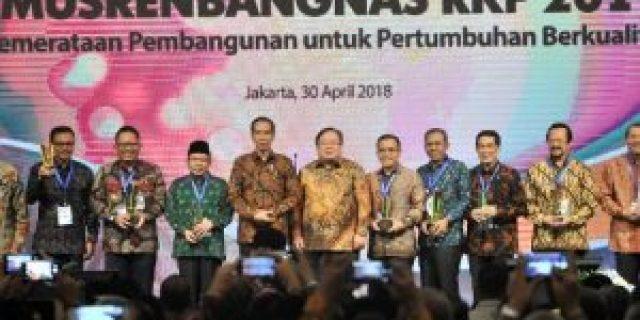 Sumsel Sabet Penghargaan Pembangunan Daerah Terbaik