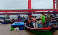 Dua Speed Tubrukan Di Perairan Sungai Musi