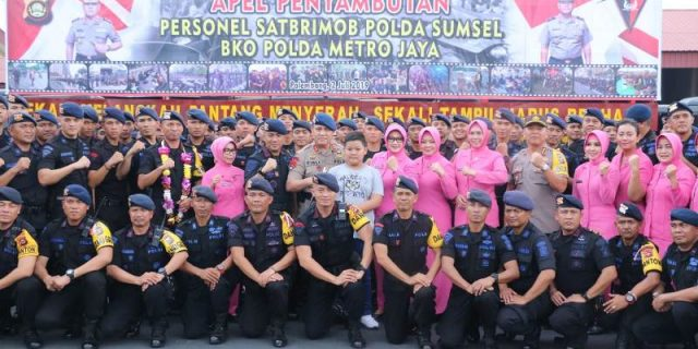 600 Personel Brimob Pulang Di Sambut Kapolda
