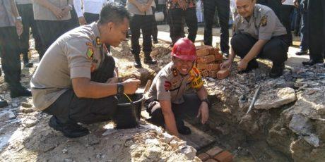 Kapolda Lakukan Peletakan Batu Pertama Pembangunan RS Bhayangkara