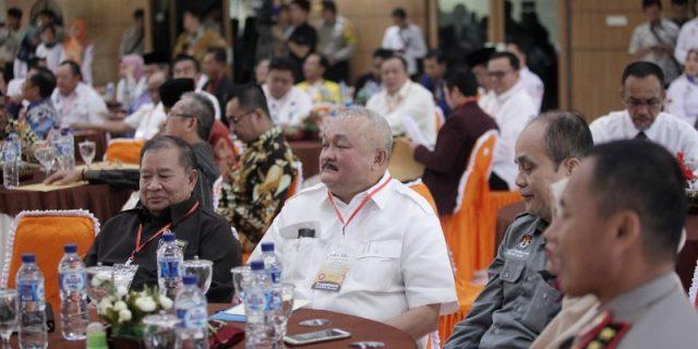 Gubernur Sumsel ditengah tengah kegiatan acara.