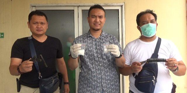 Mail Bandar Narkoba Tewas Di Dor Petugas