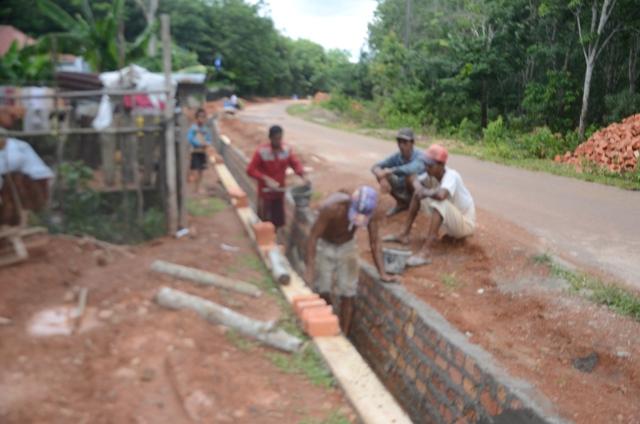 Pemdes Ujung Tanjung Bangun Siring Desa
