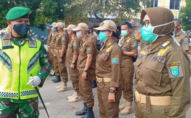 Tekan Penyebaran Corona Personel TNI-Polri Siaga Disiplinkan Warga